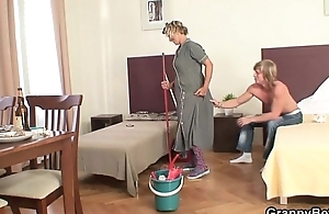 Cleaning woman acquires her pussy filled