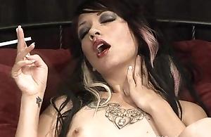 Coco Velvett - Smoking Fetish readily obtainable Dragginladies