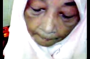 Malaysian granny oral-service coition