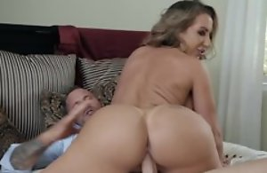 Hubbie and his wife on the mark blowjob sex act, hardcore fucking and cumshot