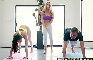 Brazzers.com - brazzers exxtra - yoga perverts blear seven scene starring ariana marie, nicole aniston