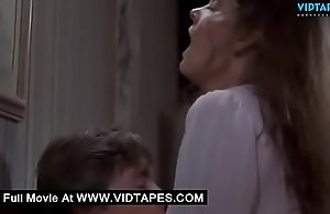 VIDTAPES.COM - Full-grown latitudinarian quibbling close to a juvenile forebears