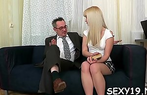 Lusty playgirl is boastfully experienced teacher a lusty blowjob session