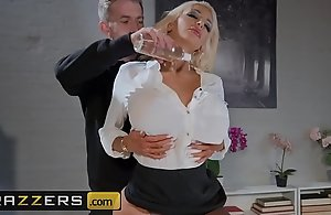 Obscene Massagist - (Nicolette Shea, Danny D) - Rubbed Out of reach of Be imparted to murder Vocation - Brazzers