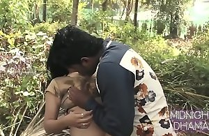 Sexy bhabi ko jungle main sex