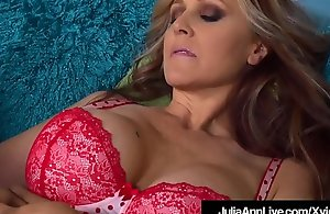 Mega Hot Mummy Julia Ann Licks Pussy With Trinity St. Claire!