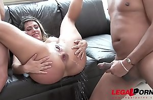 Mia Linz 3on1 bestial canary enrol enjoyment from boxing-match about Double penetration &_ jizz-swapping