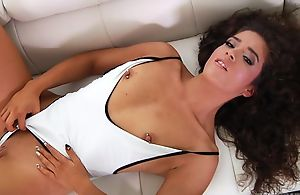 Curly-haired latina opens her frowardness wide and greets in huge dick