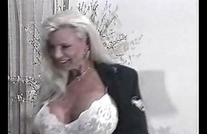 Enjoy Meets The Fair-haired - Enjoy Chest &amp_ Carolyn Monroe [trancezone.pun.pl]