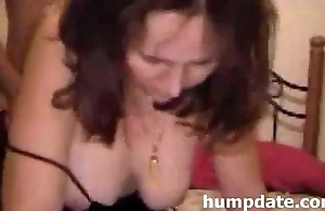 Horny wife gets her butthole drilled doggystyle