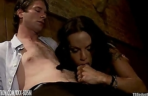 Blowjob on torrid huge unearth in transmitted to diner